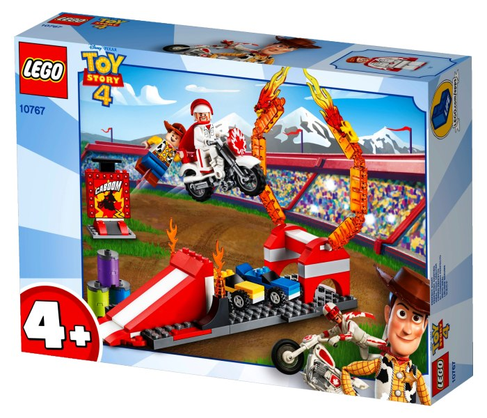 Igracka Lego kocke Duke Caboom`s stunt show Speed build 4+
